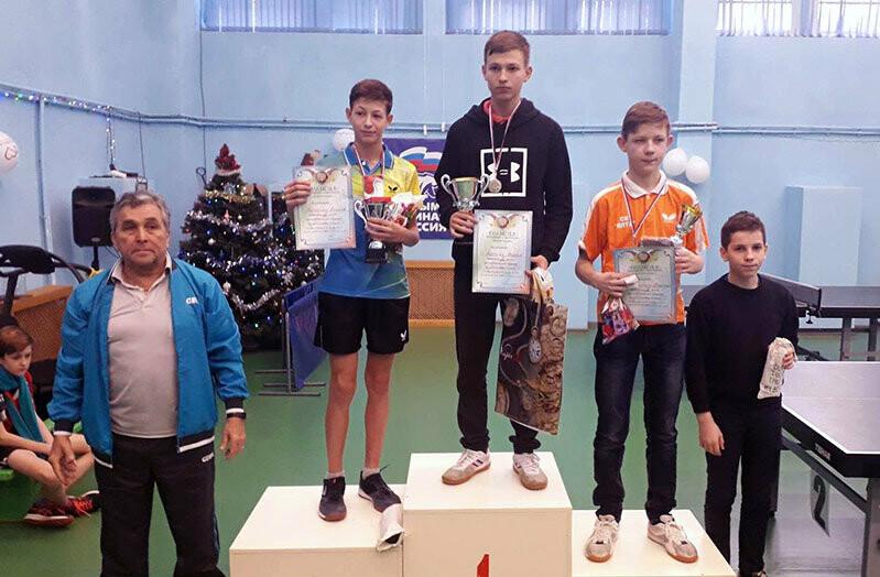 Ялтинцы выиграли 17 медалей на крупном детско-юношеском турнире по настольному теннису, фото-2