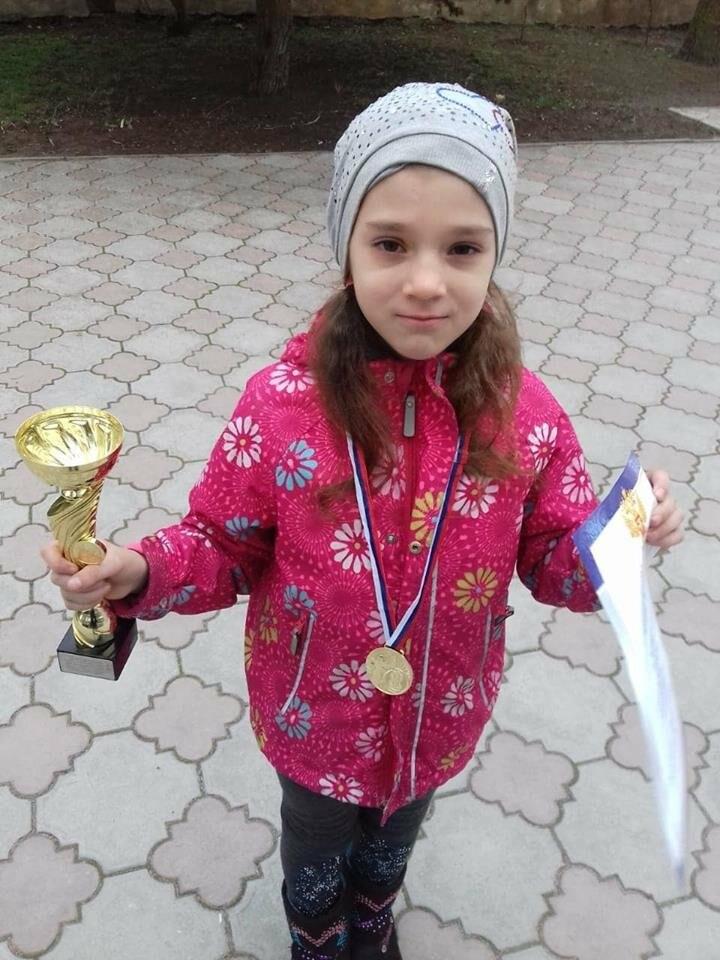 Маленькая шахматистка из Ялты стала чемпионкой Крыма, фото-1