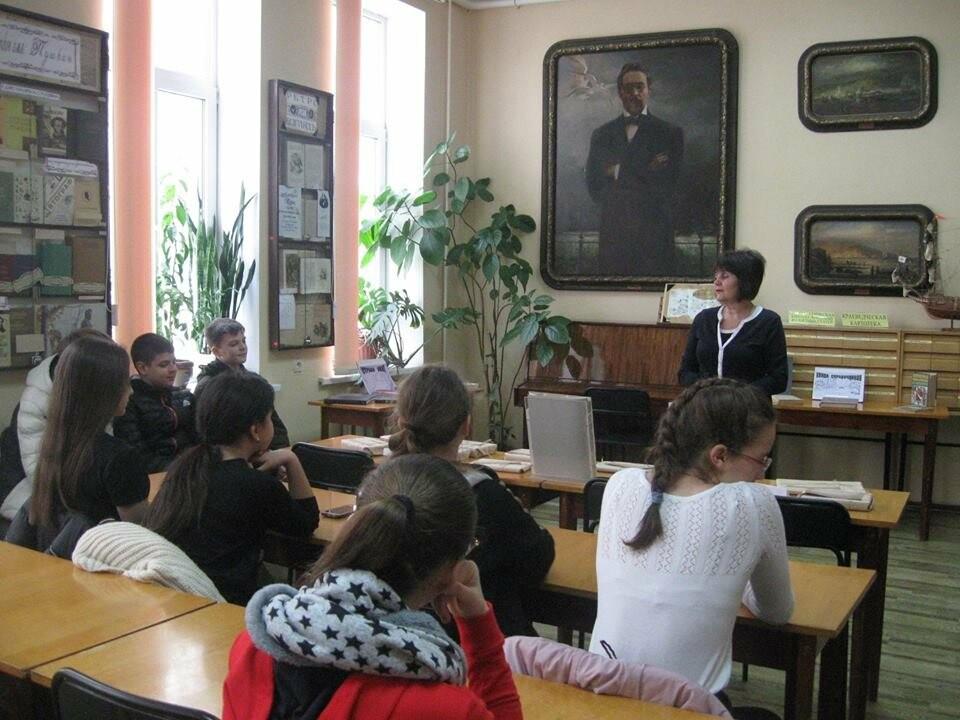 В Ялте провели библиографический квест для школьников , фото-1