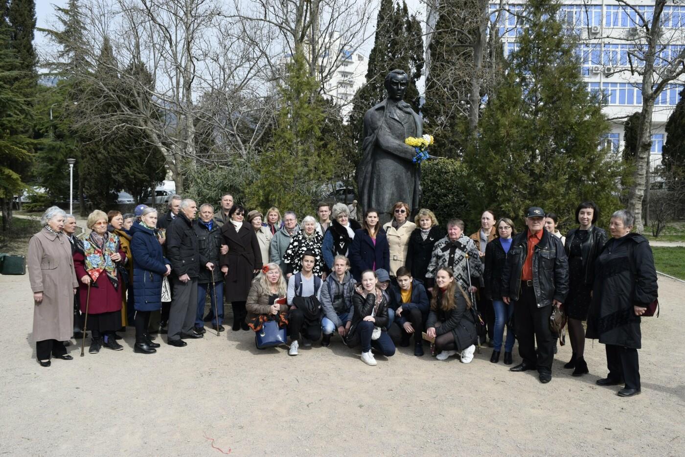 В Ялте провели праздник ко Дню Рождения Тараса Шевченко, фото-2