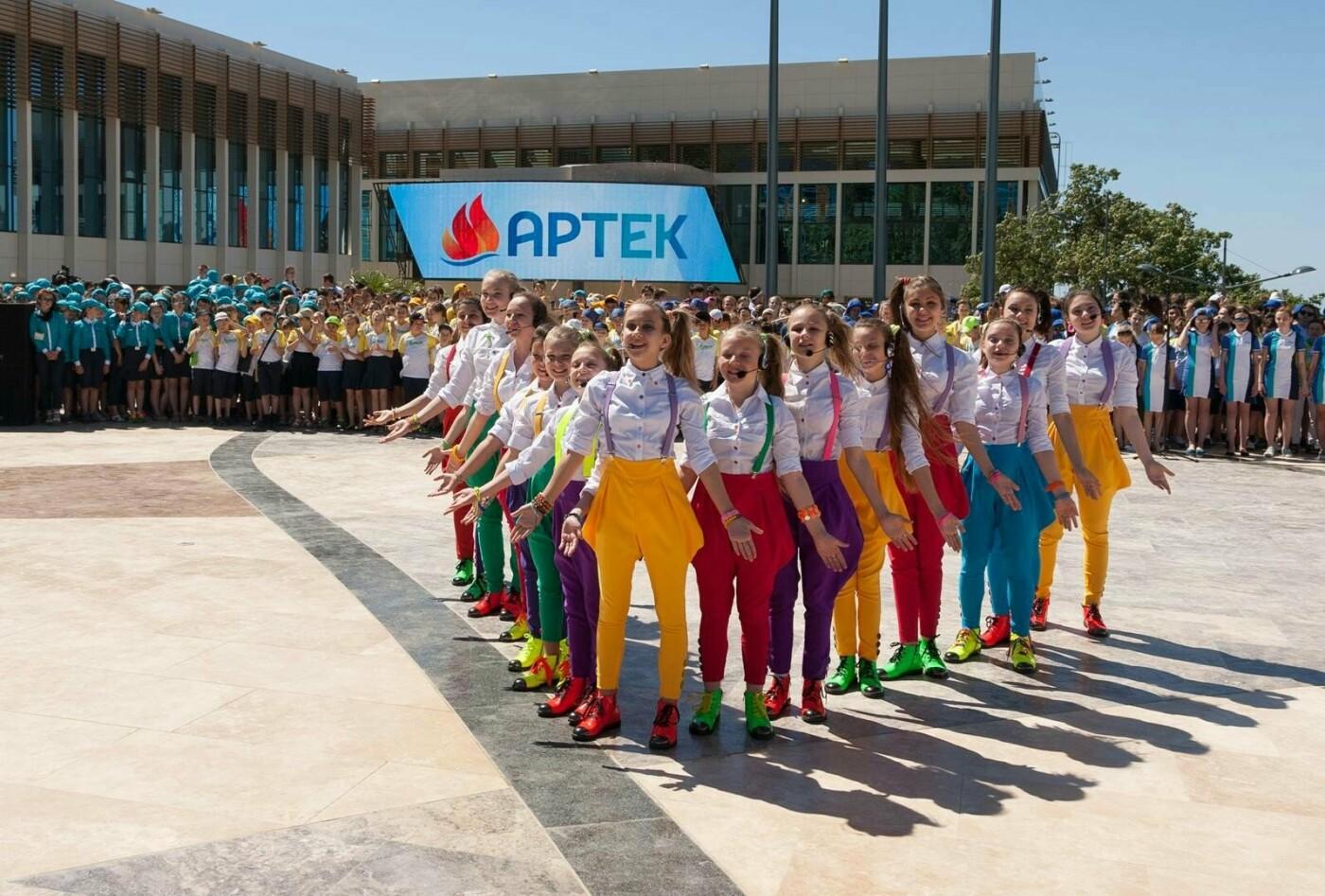 В исторический день голосования в Крыму в «Артеке» пройдет свой референдум, фото-2