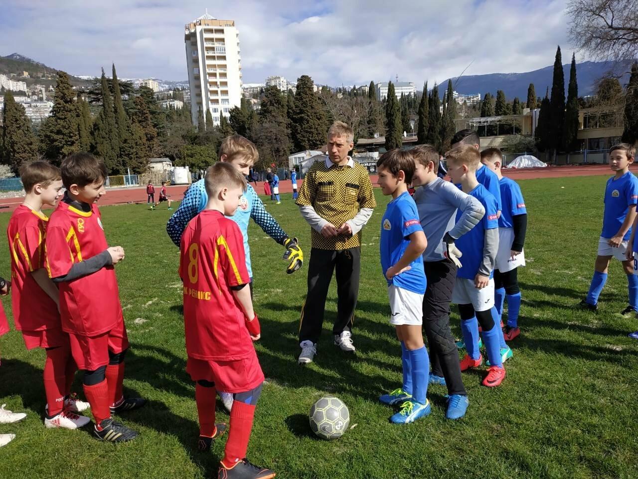 В Ялте прошел турнир по футболу, посвященный Крымской Весне, фото-1