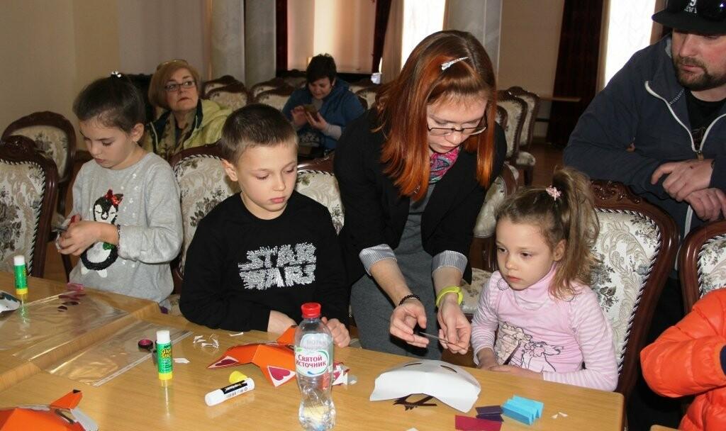 В Ливадийском дворце прошел детский мастер-класс «Театральная сказка», фото-1