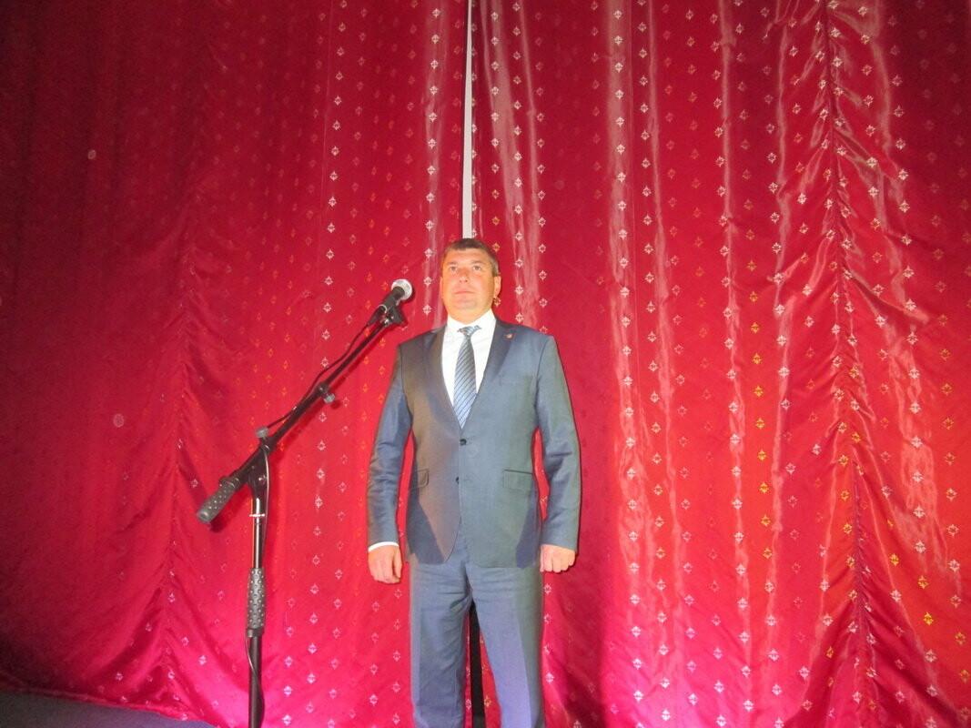 Роман Деркач вручил благодарности по случаю Дня работника культуры , фото-4