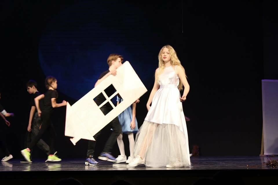 Школа №12 из Ялты - среди победителей республиканского англоязычного театрального конкурса , фото-1