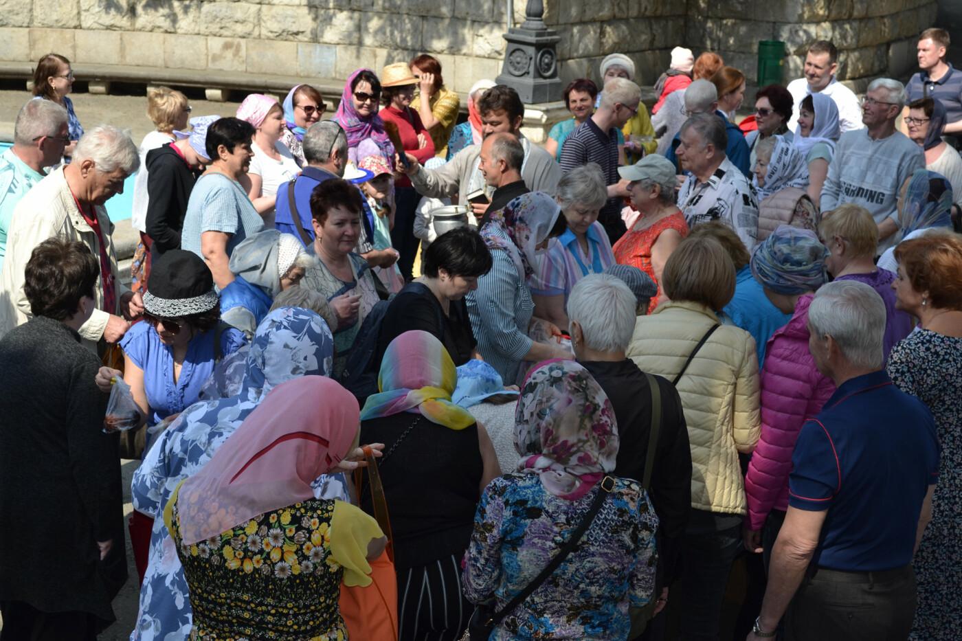 В Кореизском храме Вознесения Господня прошли Пасхальные богослужения, фото-1