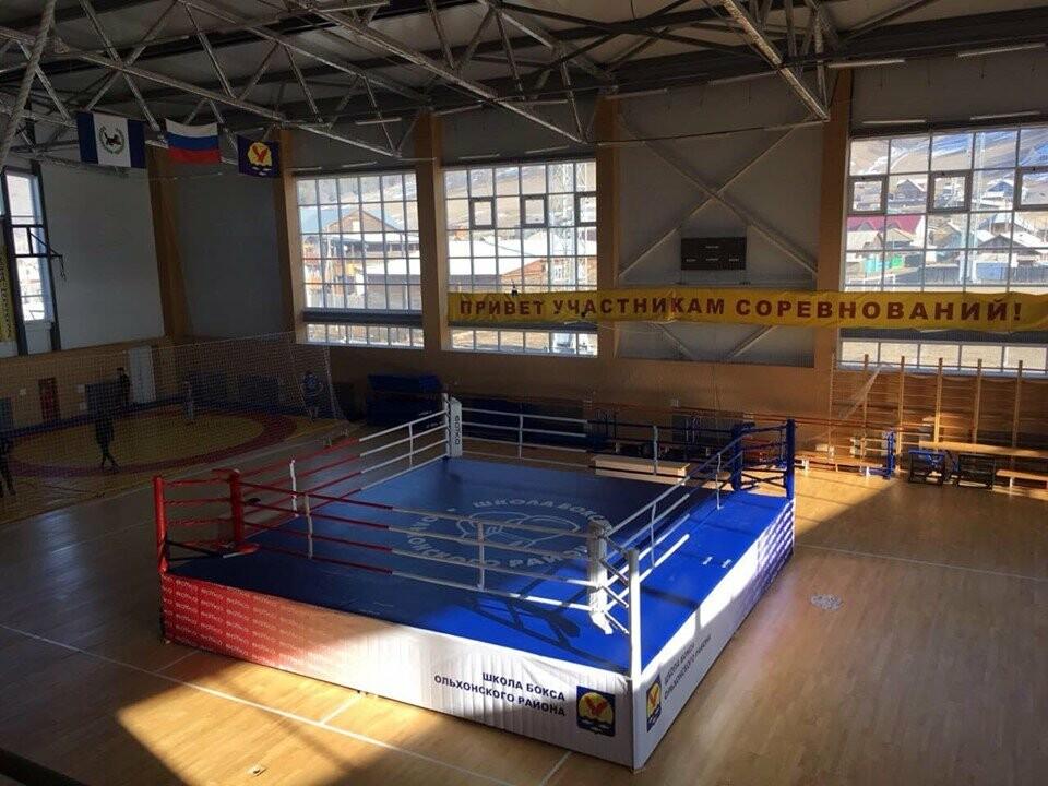 В Ялте появился боксерский ринг олимпийских стандартов , фото-1