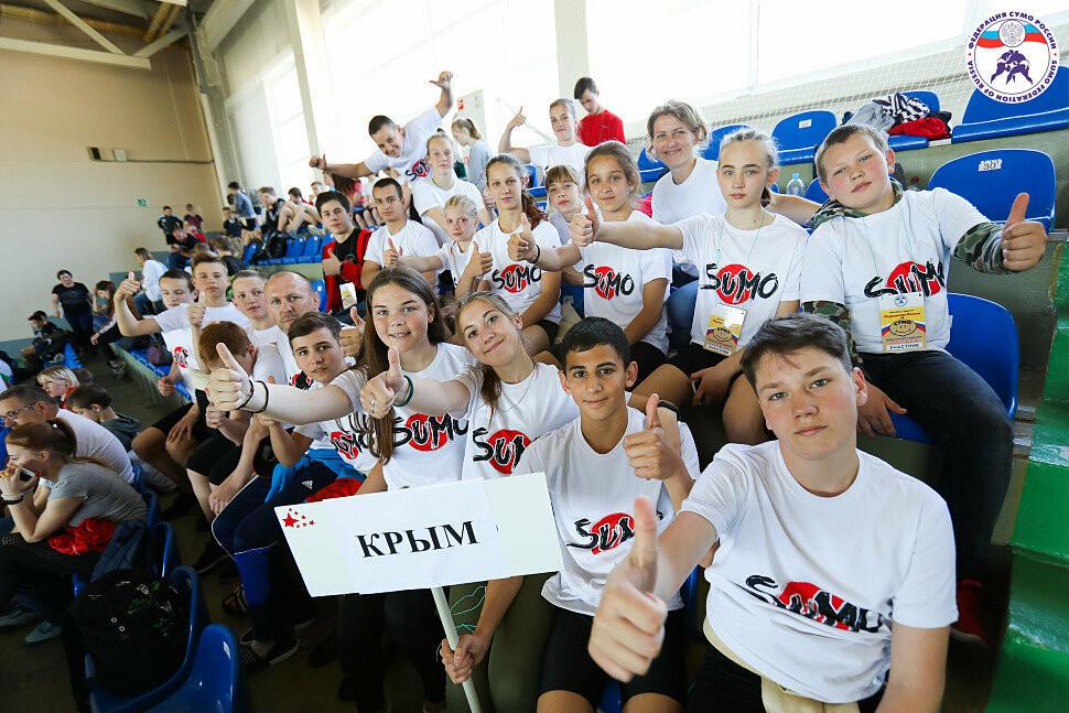 Спортсмены из Ялты - среди чемпионов Первенства России по сумо, фото-1