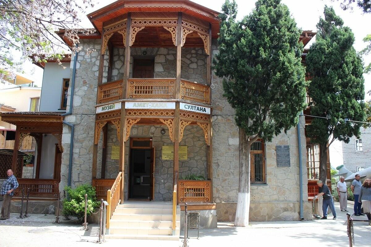 Музей Амет-Хана Султана в Алупке начал подготовку к 100-летнему юбилею летчика, фото-1