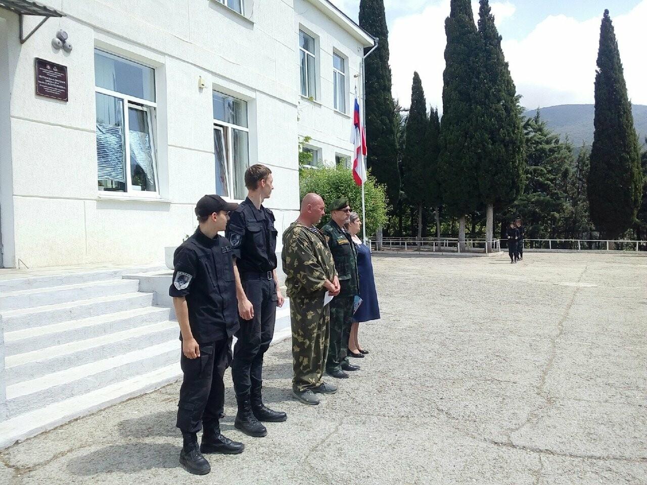 Школьники Ялты почтили память Д.М.Гребенкина, фото-2