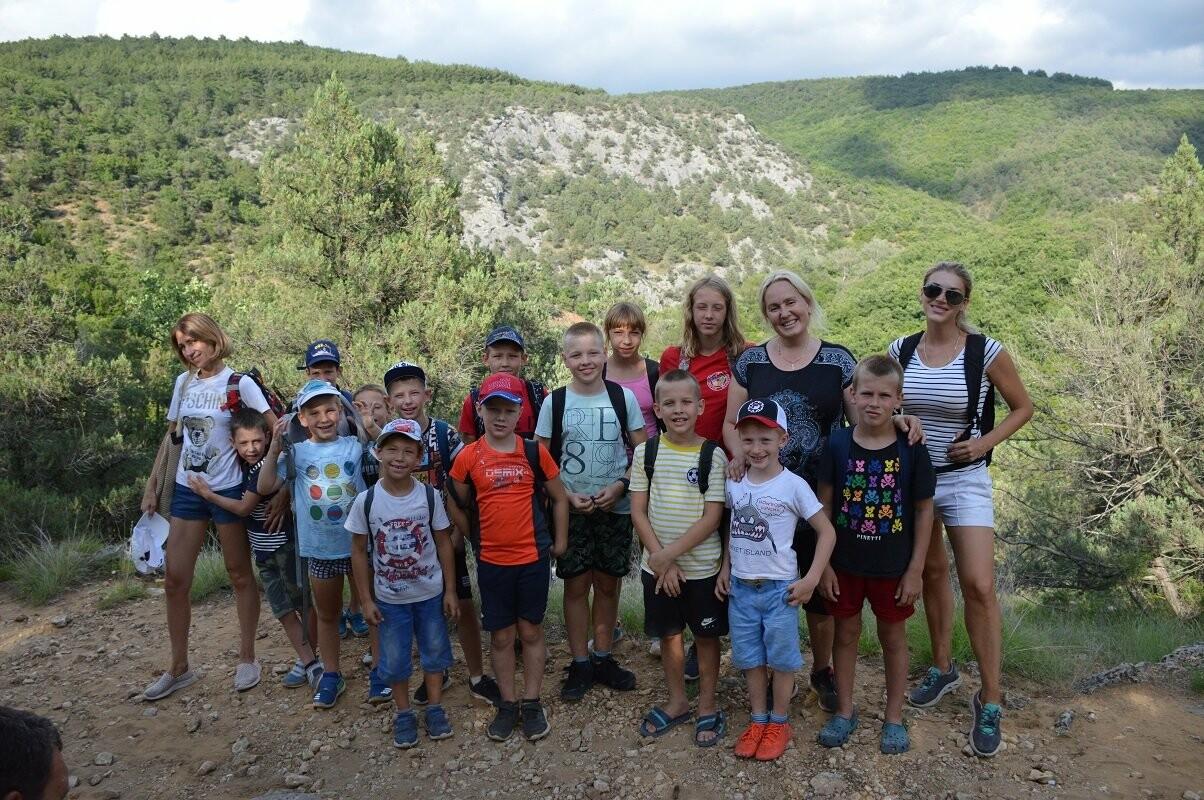 Юные спортсмены Федерации дзюдо Ялты покорили Чернореченский каньон Крыма, фото-3