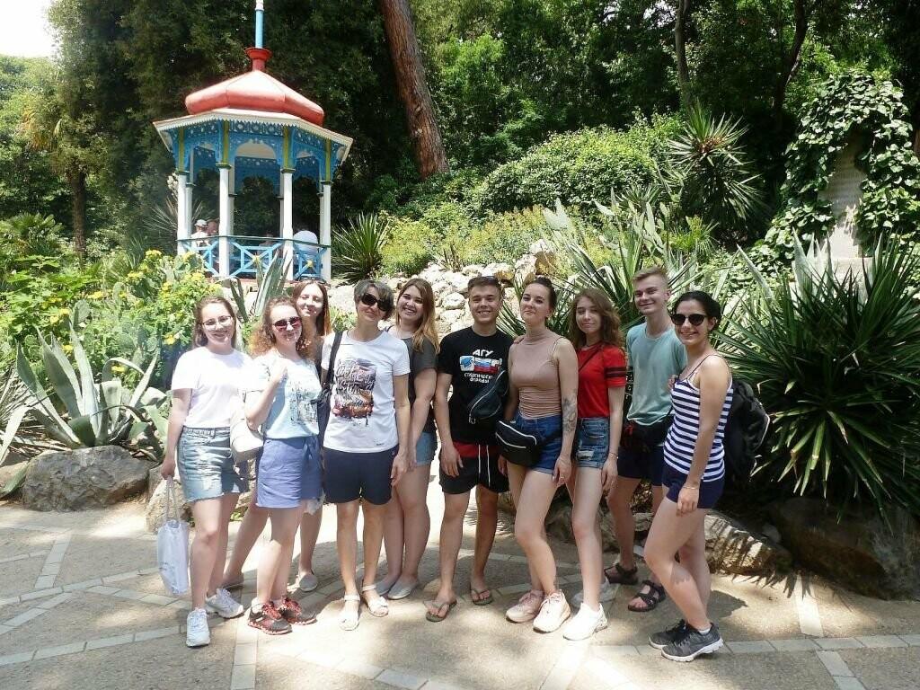 Лучшие барнаульские биологи прошли практику в Никитском саду, фото-2