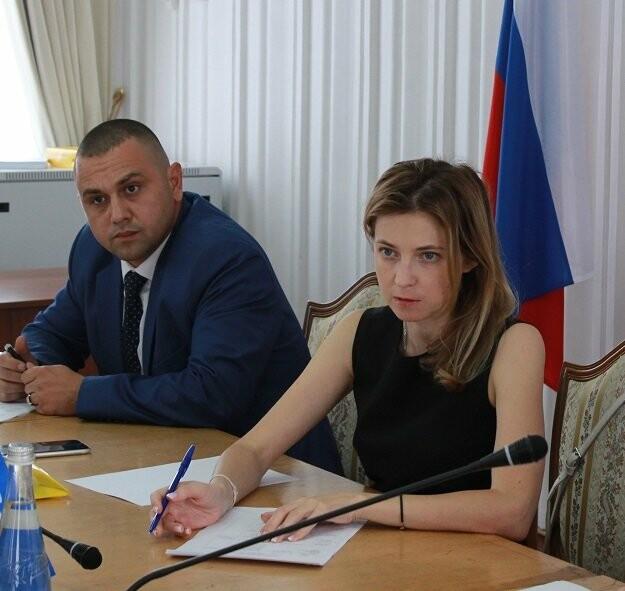 Наталья Поклонская провела встречу с крымчанами в Ялте, фото-1