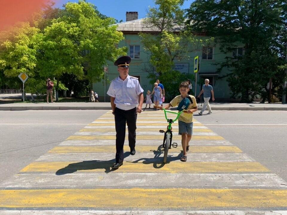В Ялте подвели итоги проведения профилактического мероприятия «Безопасность пешехода», фото-1