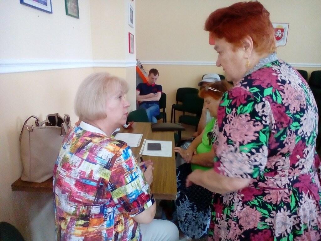 Мобильная бригада Центра соцобслуживания Ялты осуществила выезд к пожилым гражданам, фото-1