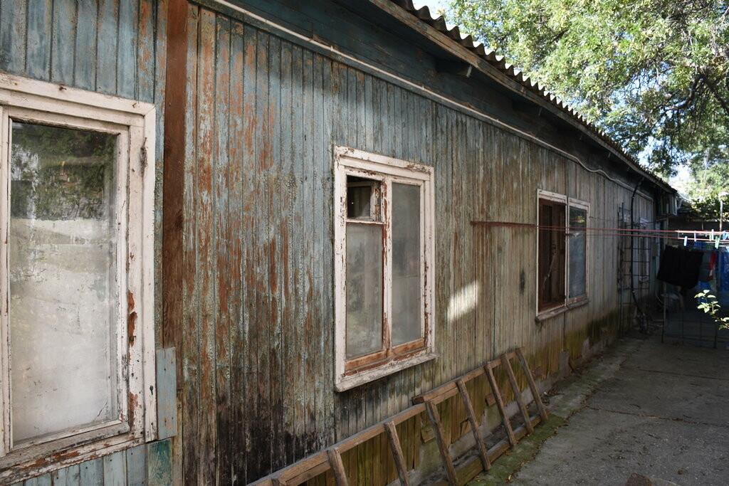 Бессмертные бараки в историческом центре Ялты: не живем, а выживаем , фото-3