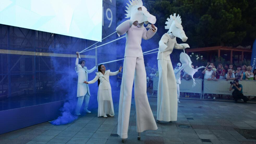 На  набережной Ялты открылась Театральная Олимпиада, фото-3