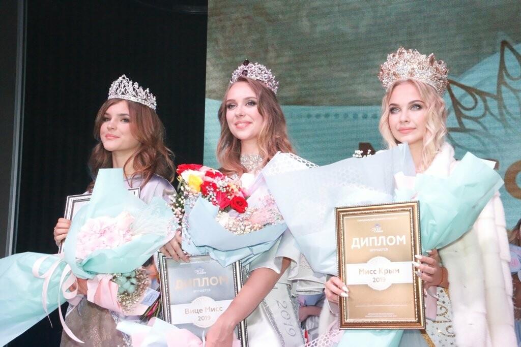 В  Ялте прошел финал конкурса «Мисс Крым – 2019»: корона уехала в Севастополь, фото-5