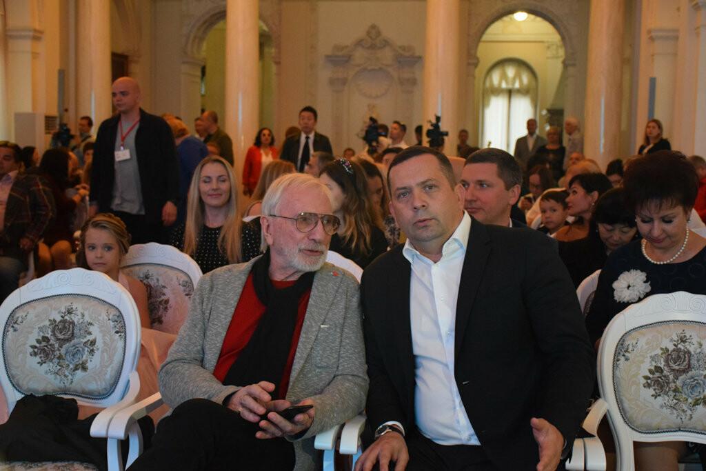 Глава администрации Ялты вручил приз зрительских симпатий на фестивале «Евразийский мост», фото-12