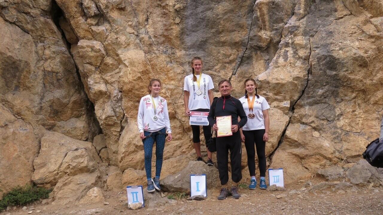 Юные скалолазы Ялты  на Кубке Крыма завоевали две медали , фото-1