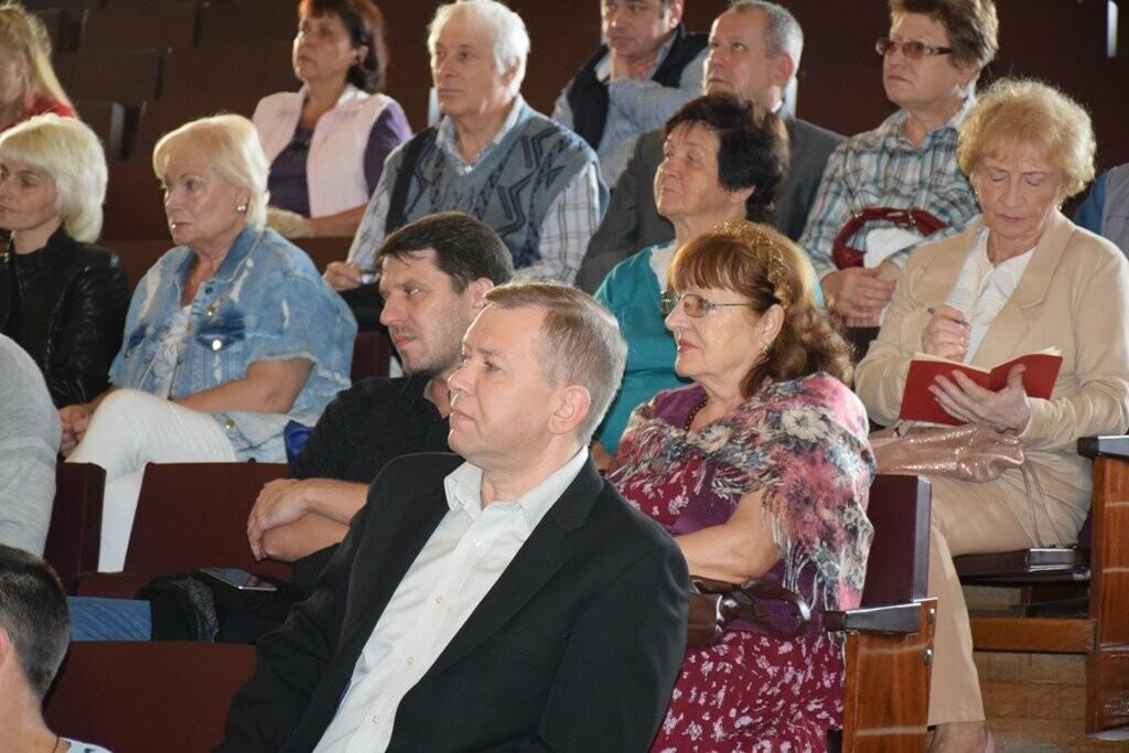 Жителей Ялты обучали, как правильно обращаться к представителям власти за помощью, фото-1