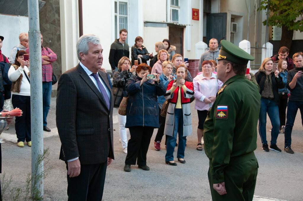 В Ялте торжественно проводили первую группу призывников, фото-2