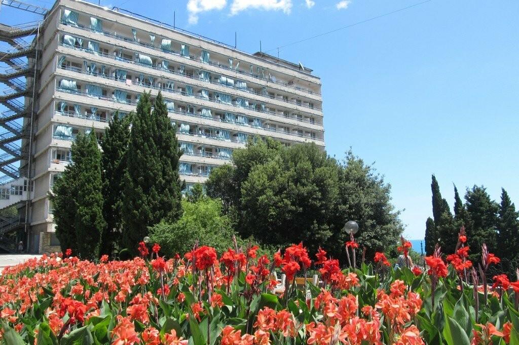 За каждым отзывом - труд и гостеприимство сотрудников Сети санаториев «Курорты Крыма», фото-3