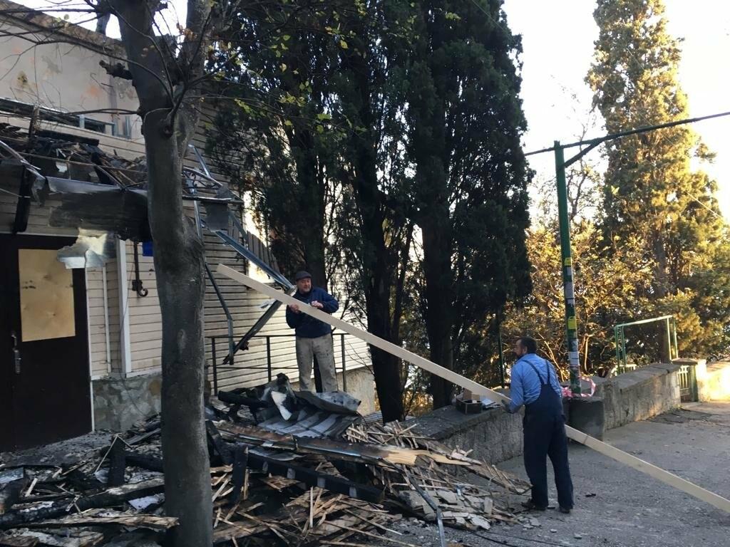 Кореизская амбулатория пострадала в ночном пожаре, фото-2
