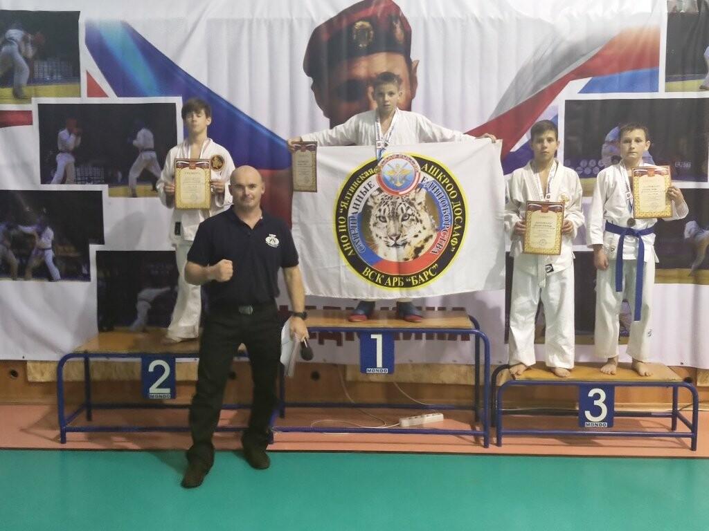 Юные бойцы привезли в Ялту две золотых и бронзовых медали Республиканского турнира, фото-2