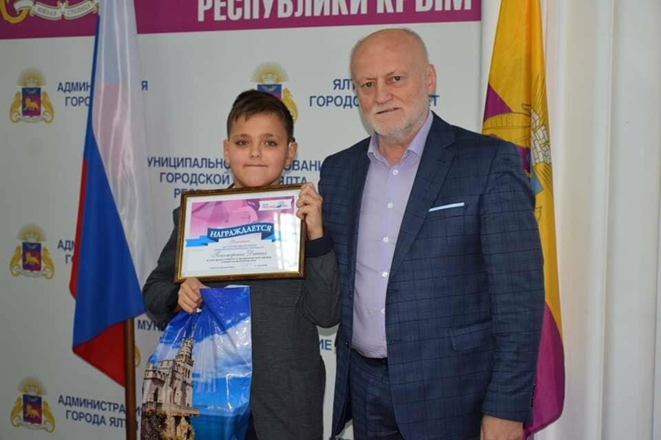 В Ялте чествовали лауреатов премии общественного признания «Преград нет», фото-2