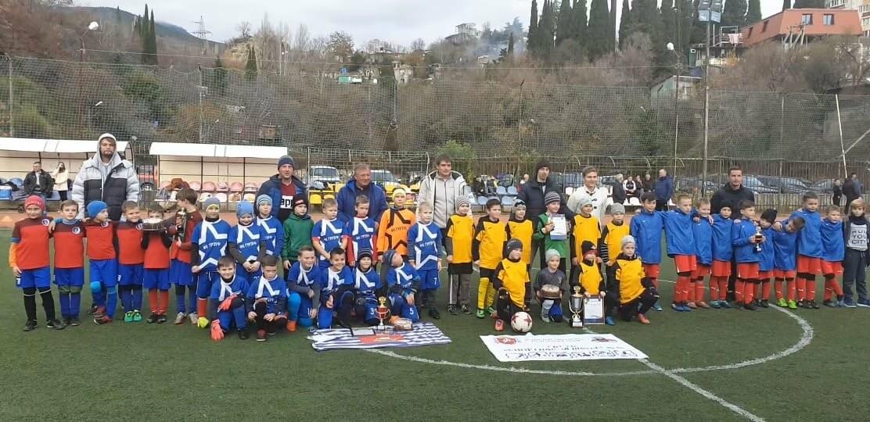 В Ялте воспитанники ГБУ РК «Спортивная школа № 6» отметили Всемирный день футбола турниром, фото-1