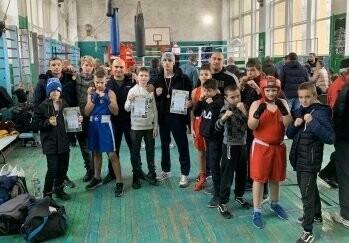 Ялтинские спортсмены завоевали медали турнира по боксу на Кубок главы администрации Джанкоя, фото-2