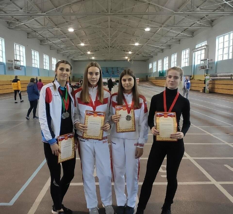 Ялтинские  легкоатлеты завоевали 17 медалей на Первенстве Крыма, фото-1