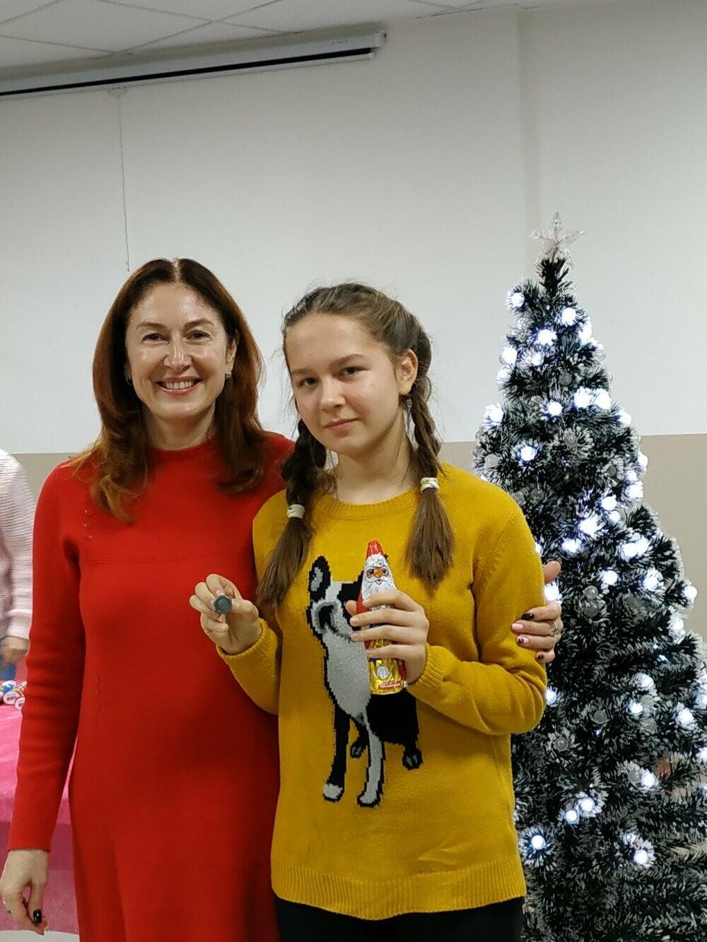 Юных легкоатлетов Ялты поздравили с Днем Святого Николая, фото-1