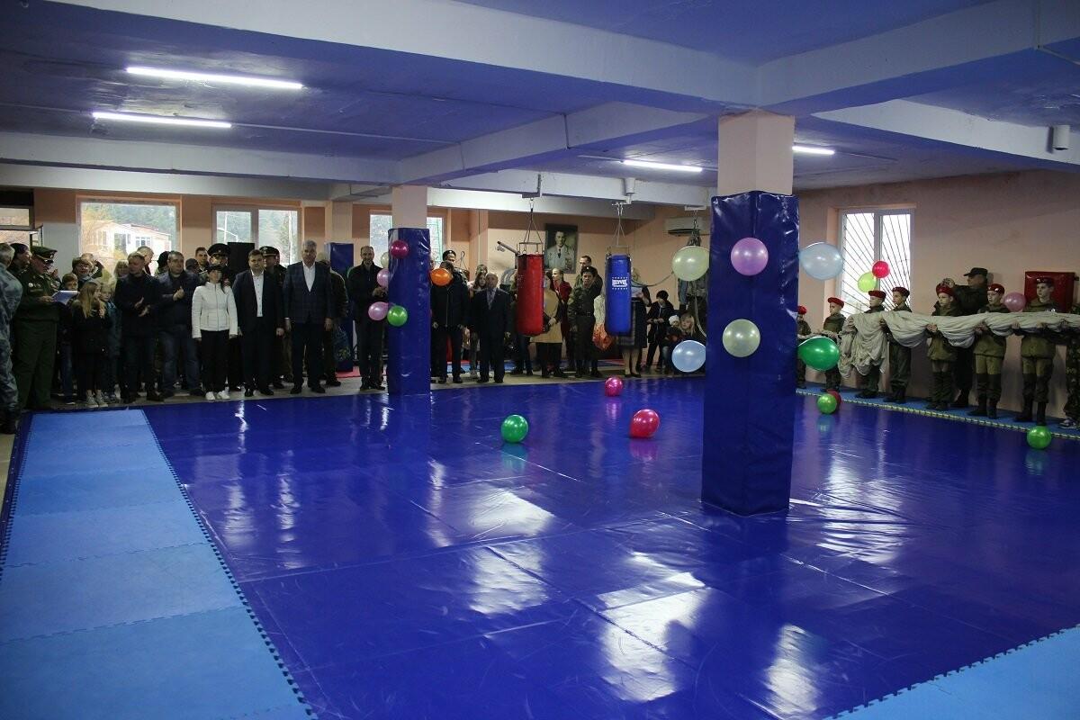 В Ялте на ул. Суворовской открылось два спортзала, фото-2