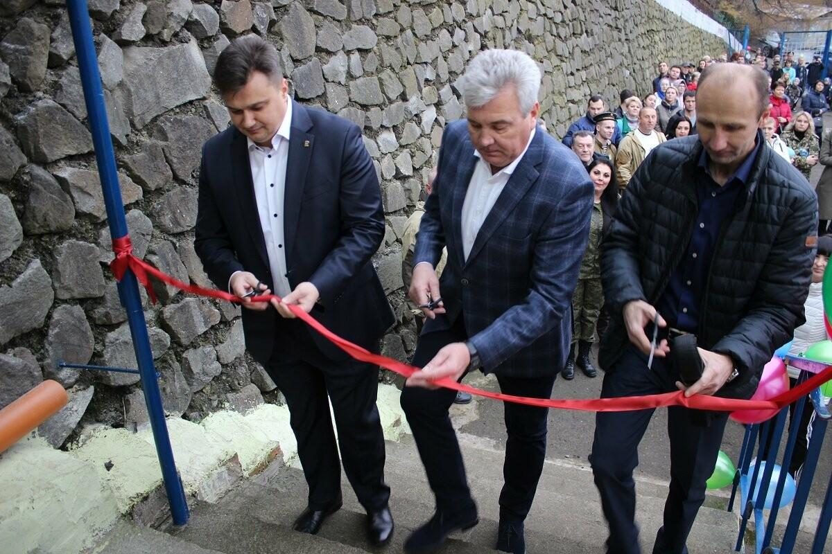 В Ялте на ул. Суворовской открылось два спортзала, фото-1