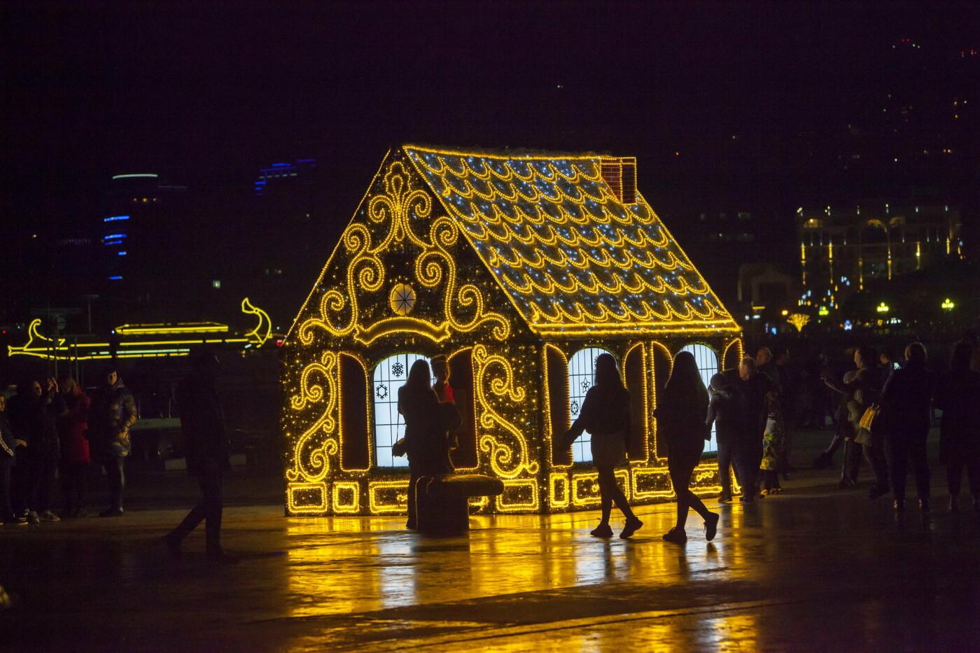Праздник к нам приходит: в Ялте в новогодние объекты интегрирована технология дополненной реальности, фото-2