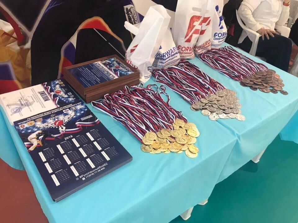 Юные спортсмены из Ялты завоевали 5 золотых медалей Республиканского турнира по Рукопашному бою, фото-3