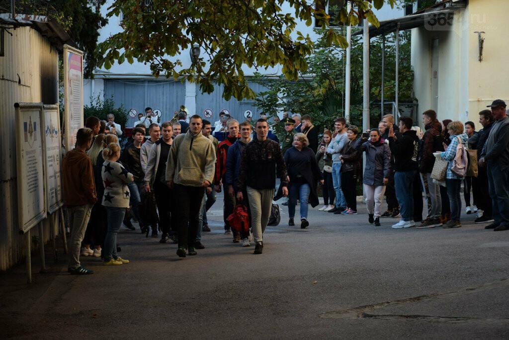 Ялта выполнила основной план по призыву: на срочную военную службу отправлены 140 человек, фото-1
