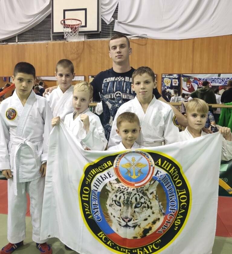 Юные спортсмены из Ялты завоевали 5 золотых медалей Республиканского турнира по Рукопашному бою, фото-1