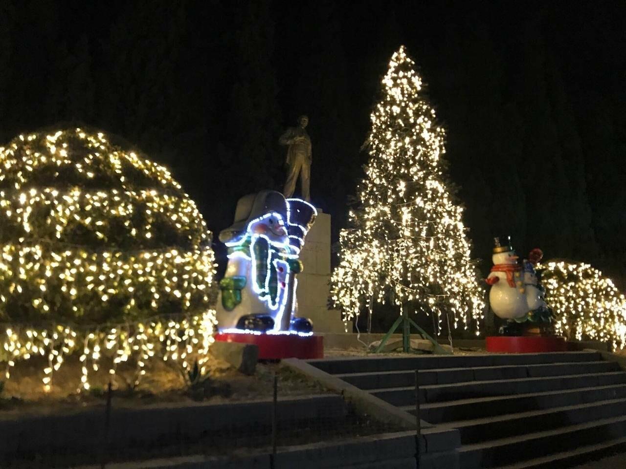 Алупка ярко отметит новогодние праздники, фото-1