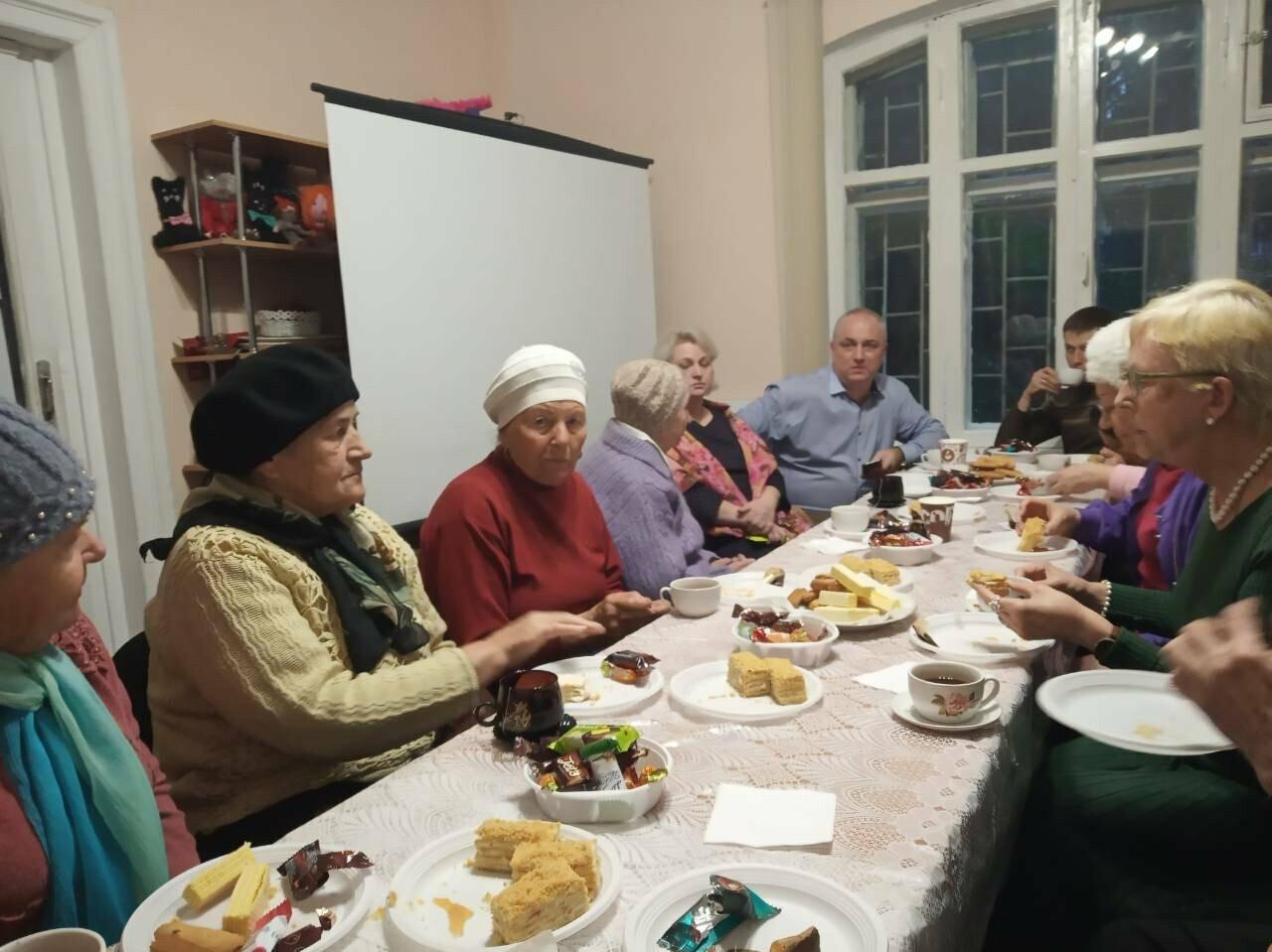 Ялтинских ветеранов ВОВ и детей войны поздравили с новогодними праздниками, фото-3