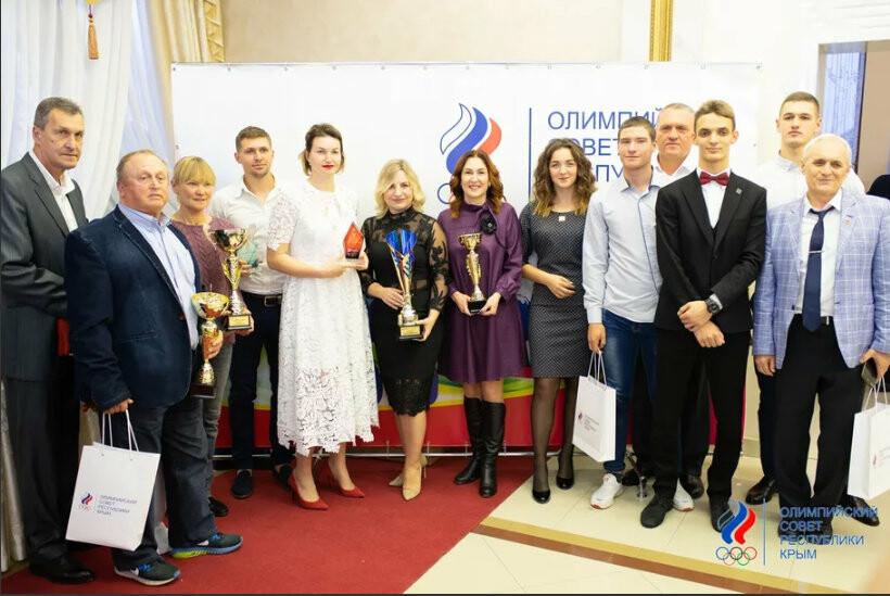 На Балу  Чемпионов-2019  легкоатлетам Ялты вручили самые значимые награды , фото-1
