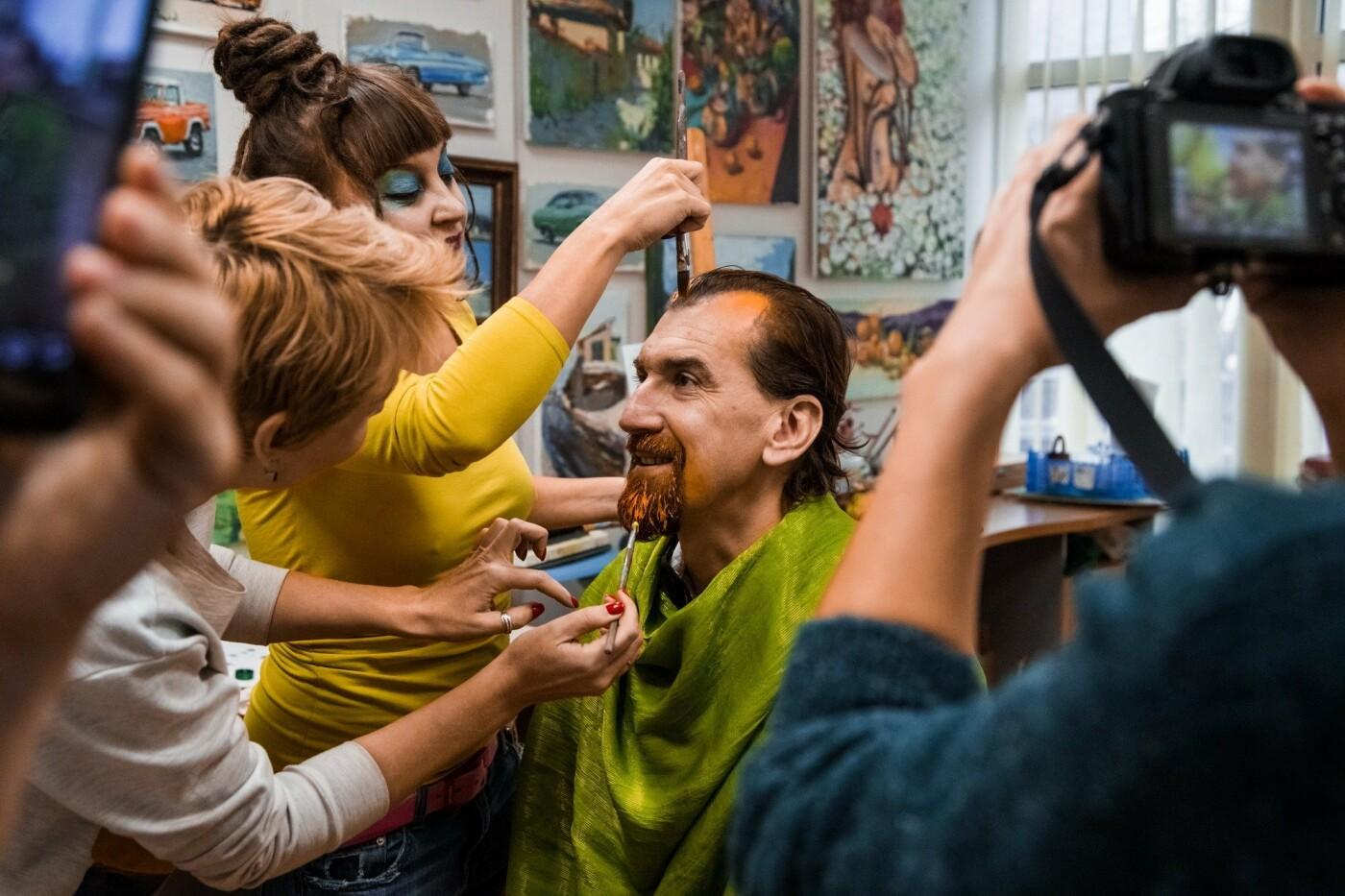 В Ялте «оживили»  всемирно известные полотна, фото-3