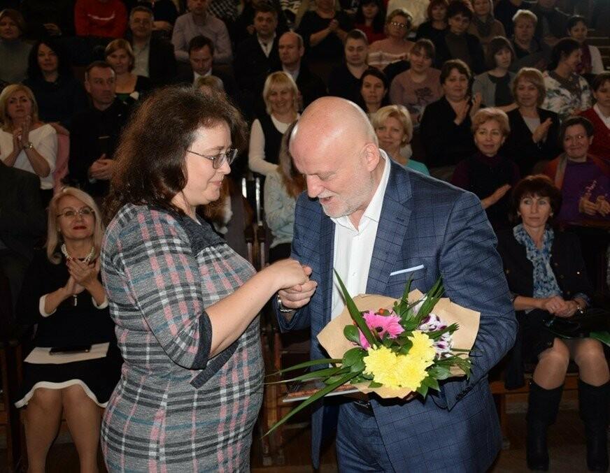 Глава Ялты поздравил сотрудников муниципальных предприятий с праздниками, фото-4
