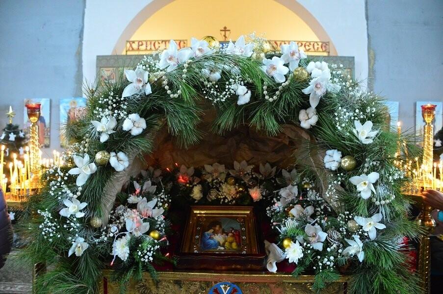 В Кореизском храме Вознесения Господня отметили Рождество Христово, фото-3