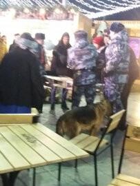 Ялтинские полицейские спасли мужчину, у которого на улице начался приступ эпилепсии, фото-1
