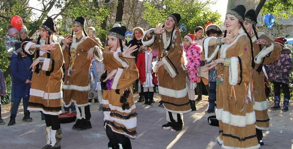 В Гаспре на Старый Новый год на новой детской площадке прошел большой праздник, фото-4
