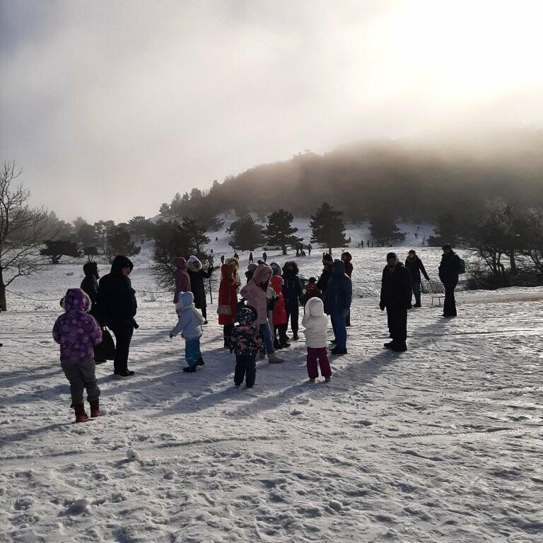 Дети Ялты поприветствовали жителей Альп с вершины Ай-Петри, фото-1