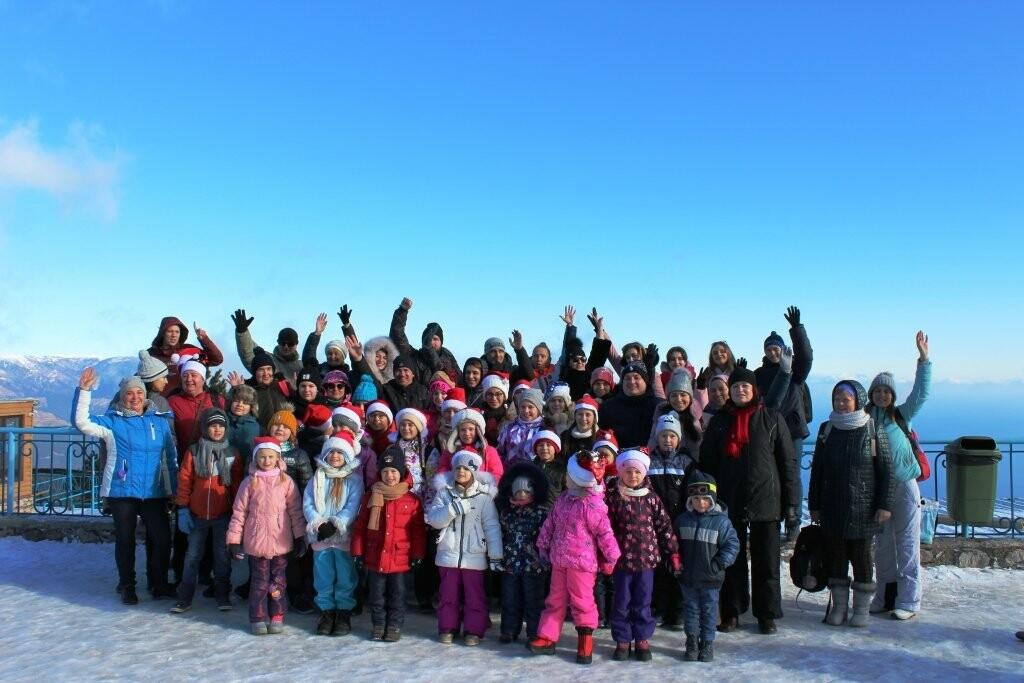 Дети Ялты поприветствовали жителей Альп с вершины Ай-Петри, фото-4